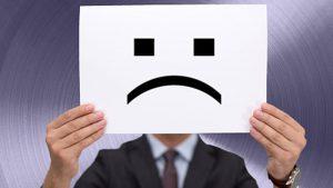 ۱۳ دلیل بیعلاقگی مشتریان به برند و محصولات شما + راه حل